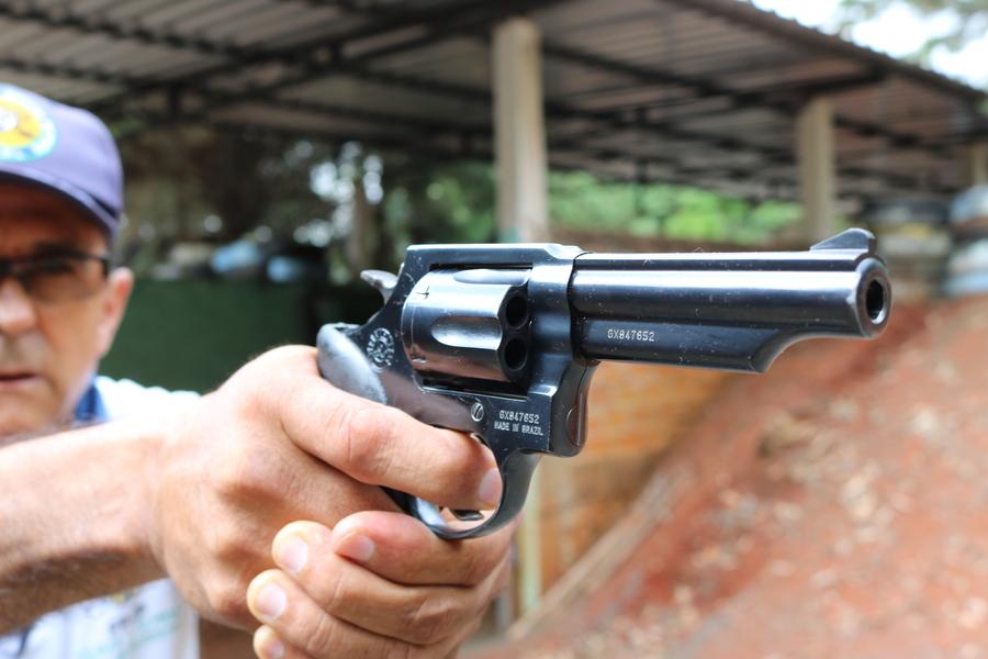 Procura para instrução do uso de armas cresce em PG